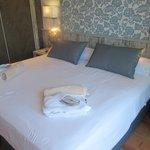 Huge Bed in 416