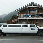 Experience both fun on riding a limo and  having a sumptuous dinner at the resto That is a worth