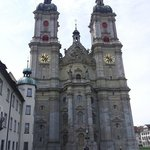 หอคอยคู่แห่งมหาวิหาร  St.Gallen