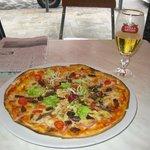 ピッザとステラビール