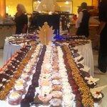 La fantastica presentazione dei dessert l'ultima serata allo Yadis