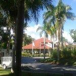 vista del hotel desde recepción