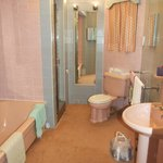 Penthouse pink bathroom