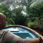 Tour caverna y comunidad Isla Bastimentos