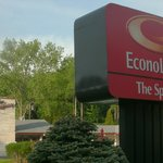 The Springs is now part of Econolodge