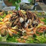 catalaanse avond van vis in restaurant