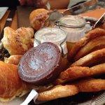 Delicioso pan y la comida excelente!!!