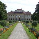 Дворец Люстхайм