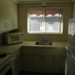 1bed suite kitchen