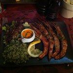 gamberoni alla brace con salsina speciale+risottino al basilico
