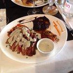 Magret de canard et gratin dauphinois avec sauce roquefort
