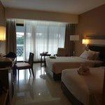 Kamar tidur dengan view Pesanggrahan dan Malioboro Mall