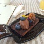 Sobremesa de Chocolate com Sorvete e BlueBerries