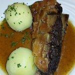 Schaufele(spalla di maiale al forno)