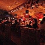 The Pub - Mopse Trinken Bier