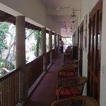 balcony (shared)