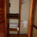 Armoir with safe