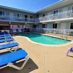 Stardust Motel in Wildwood Pool Photo