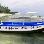 Speed boat for 6 divers