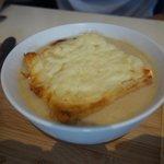 Lorette onion soup