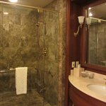 Spacious and comfortable shower room