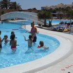 mini disco dans la piscine (la grande)