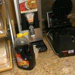 Unclean_unkept breakfast area