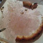 Il cartone della pizza imbevuto di olio!
