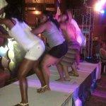 Bailando amara la negra