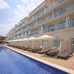 Only adults pool Aparthotel Playa de Muro Suites