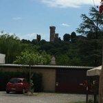 Vista del castello da Borghetto