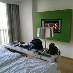 Room with flatscreen tv