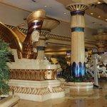 Entrada al Hotel y casino
