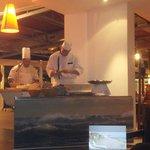 Salle restaurant,  soirée buffet de la mer