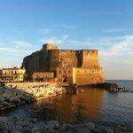 Castel dell'Ovo al tramonto