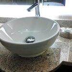 sink in standard rm bath
