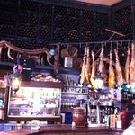 Il bar all'interno