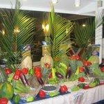 Noche Dominicana, arreglos en el buffet