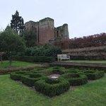 Castle & garden