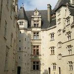 la cour intérieure du château de Pau