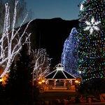 Leavenworth preparing for Christmas