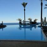 Pestana promendae pool view