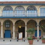 I palazzi ristrutturati, lucenti e meravigliosi