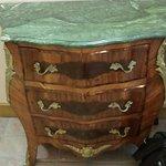 Pour les amoureux des meubles anciens