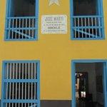 L'ingresso della casa dell'Apostolo di Cuba