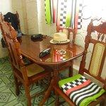 Mesa dentro de la habitacion