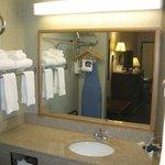 Plenty of space & towels in the vanity area