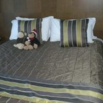 1702 Uncomfortable bed