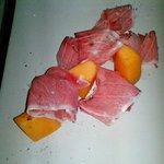 filetto di tonno crudo e melone