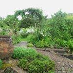 Garden of Six Quaters